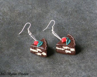 Polymer clay cupcake earring