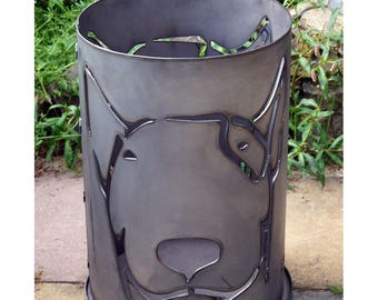 Fire Bowl fire pit Terassenfeuer fire basket around Bull Terrier dog