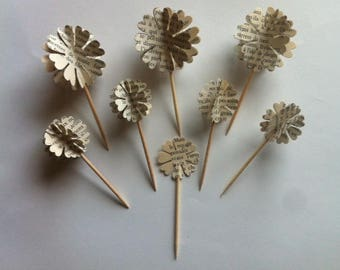 8 CakeToppers flowers paper