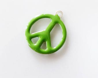 Enamel green 19 mm Peace charm