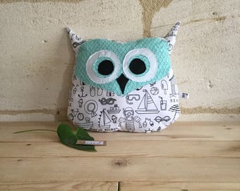 OWL pillow, blanket, cotton, black and white scales vertes.tout soft, round
