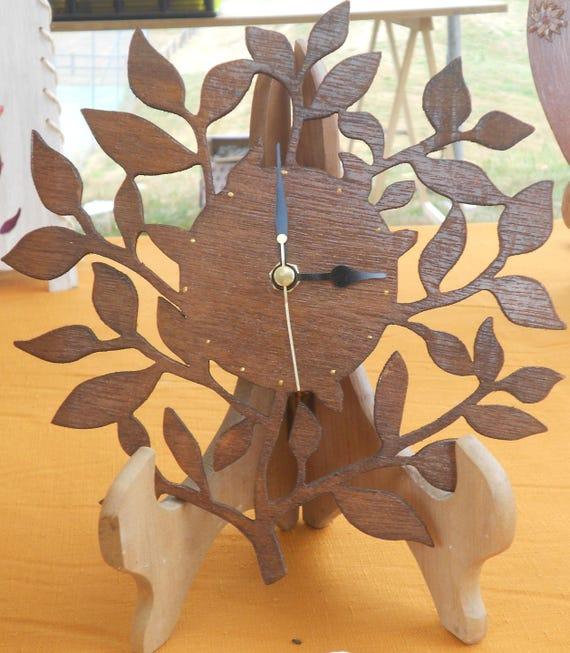 pendule feuillages en bois d coup la scie chantourner. Black Bedroom Furniture Sets. Home Design Ideas