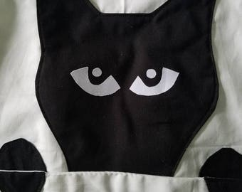 Black Cat Silhouette Apron | Christmas or Birthday Gift for Cat Lovers, Grilling & Cooking Enthusiasts