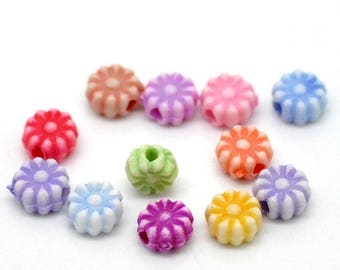50 flower spacer beads 6mm acrylic