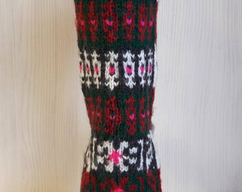 Socks in ethnic style. Jacquard.