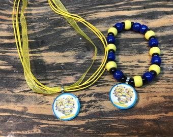 Minions party favors.Despicable me party favors.Minions bead bracelet.Minions pendant necklace.Minions jewelry.Despicable me jewelry.