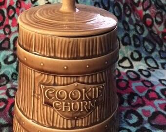 Vintage McCoy cookie churn cookie jar