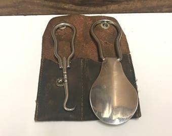 Vintage Travel Shoe Horn and Button Hook in Leather Case, Mens Travel Set, Vintage Metal Shoe Horn, Compact Folding Shoe Horn