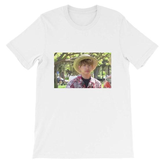 il_570xN.1356277938_34el bts jungkook hawaii meme shirt