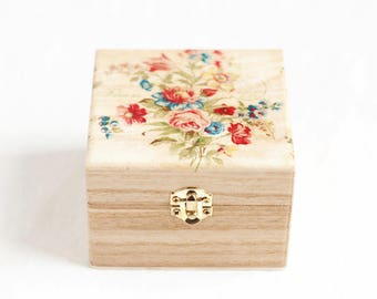 Jewelry Box, Wooden Trinket Box, Keepsake Box, Wooden Jewelry Box, Floral Jewelry Box, Storage Box, Rustic Home Decor, Jewelry Organizer