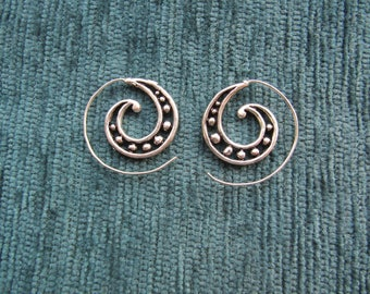 Indian little earring incurred silver