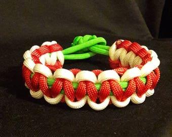 Christmas Spirit Paracord Bracelet