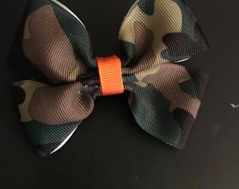 Camo hair bow