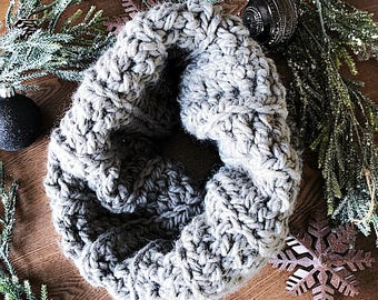 Ribbed Crochet Cowl