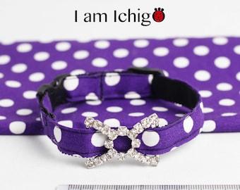 Shiny buckle featured polka dots purple cat collar