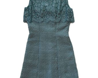 Elegant women's dress (can be combined with children's dress)