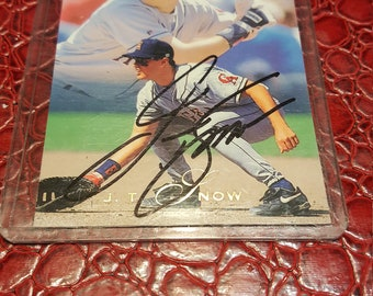 Signed 1993 Flair #179 J.T. Snow Rookie RC California ANGELS, GIANTS