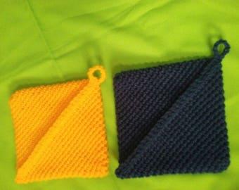 Crocheted Hot Pads Set