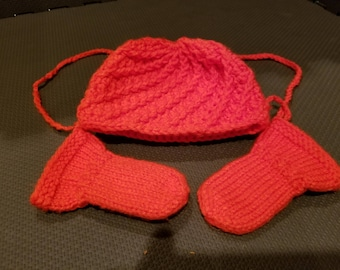 Orange spiral Baby Hat and matching Thumbless Mittens