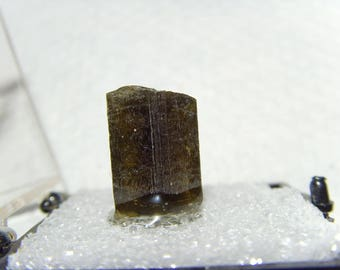 17 carat Epidote Crystal specimen Natural termination crystal reiki healer chakra lapidary