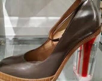 MARTIN MARGIELA. PARIS. FW13 Dark Taupe Grey Leather Plexiglass Block Heel Court Shoe Pump
