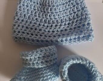 Baby Boy or Girl crochet booties and hat set.