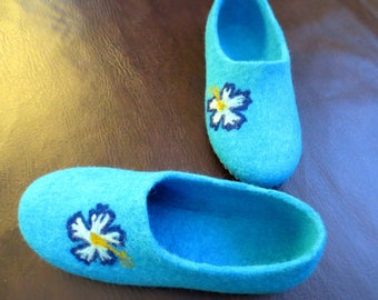 Slippers for women felt