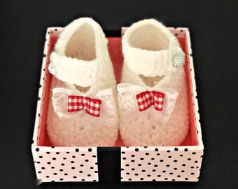 Knitted Baby Booties Cute White Girls Baby Shoes Handmade