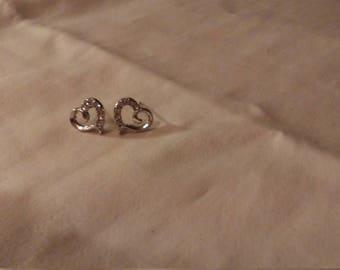 Sparkly heart earrings with imitation diamonds