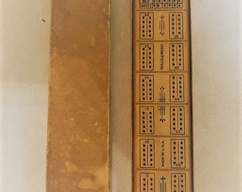 Vintage Two Person Cribbage Board by Lowe Wood Pegs (1498)