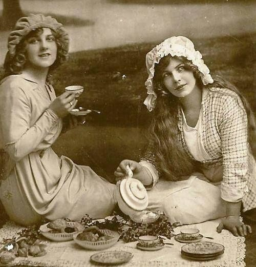 Edwardian Tea Picnic