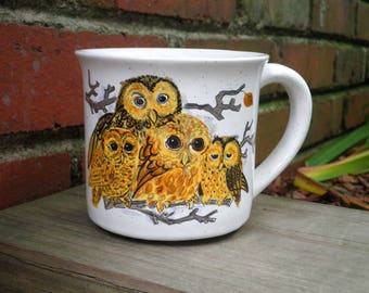 Vintage Woodland Owl Coffee Cup / Mug - Retro Owls Collectible Cup - MCM Painted Stoneware Ceramic Mug - Forest Animal Owl Lover Gift