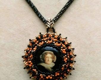 Vintage Style Veuve Clicquot Pendant, Beadwoven/ Beaded OOAK Necklace, Recycled Re-purposed Veuve Clicquot Bottle Cap - TEMPTATION Necklace