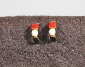 Vintage Red White Black Open Hoop Post Earrings