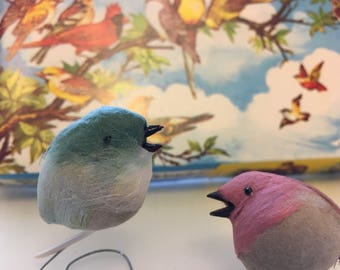 Vintage Small Pretty Birds for Art, Floral, Crafts