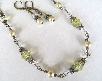 Neo Victorian Necklace, Crystal Bride Necklace, Vintage Style Necklace, Antiqued Brass Necklace, Canary Yellow, Vintage Wedding Jewelry