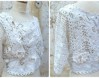 Vintage Antique 1850s/1900s French Victorian off white linen Irish crochet & embroideries blouse corsage size S