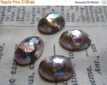 SALE 20% Off Vintage Light Amethyst Exquisite Embedded Foil 14x10mm Oval Cabochons 4 Pcs