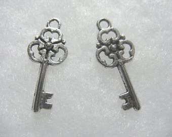 24 Key Charm 23mm Silver Plated Charms Jewelry Findings