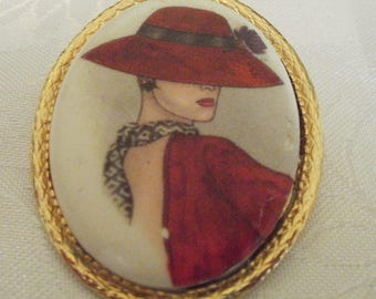 Vintage Red Hat Lady  brooch, Hand-painted , 1950s porcelain and gilt metal