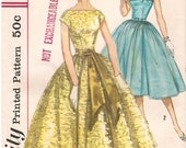 Vintage 1950s Dress Sewing Pattern Simplicity 1878 Bust 33 Inches  Uncut Complete