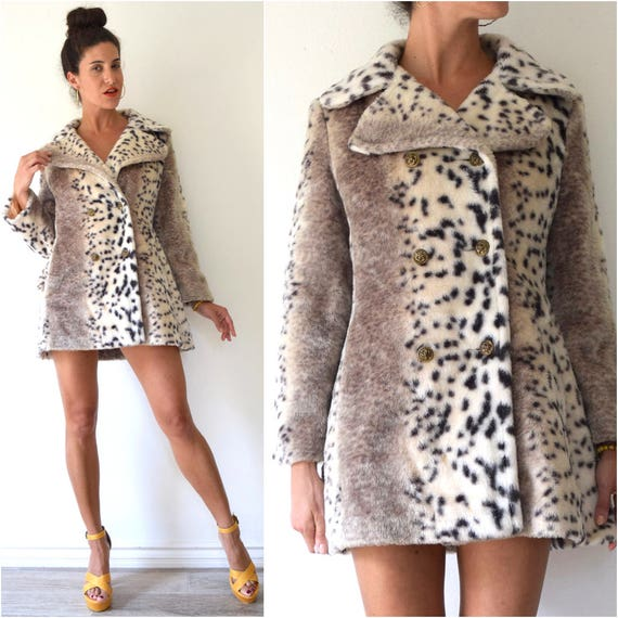 SUMMER SALE/ 30% off Vintage 70s Leopard Print Faux Fur Double Breasted Short Coat (size small, medium)