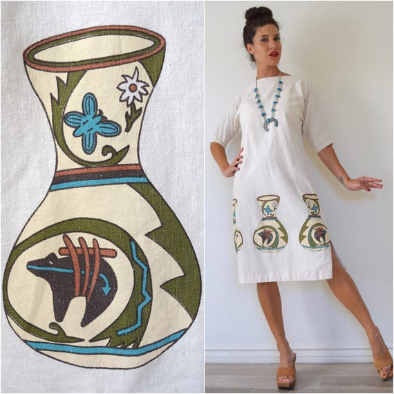 Vintage 70s Alaskan Jugs Novelty Print Cotton Shift Dress