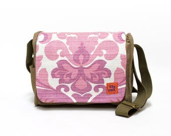 Vintage Fabric Upcycled Shoulder Bag, Retro Bag, Saddle Bag, 70s Retro Handbag by EllaOsix