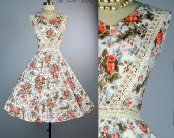 50s Floral Party Dress M Vintage Full Skirt Sundress Crochet Lace Details
