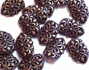 Gold Buttons, Goldtone Metal Buttons 3/4 inch wide x 1 1/8 inches long, Flower Design 14 pieces