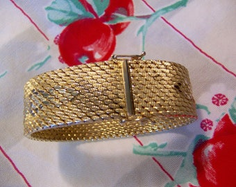 beautiful vintage gold plated man's bracelet