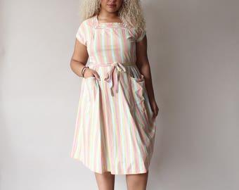 plus size vintage 50s wrap dress, size 12-14