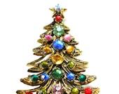 60s Vintage Signed Hollycraft Christmas Tree Brooch Pin, Mult-Color Rhinestones. Xmas.