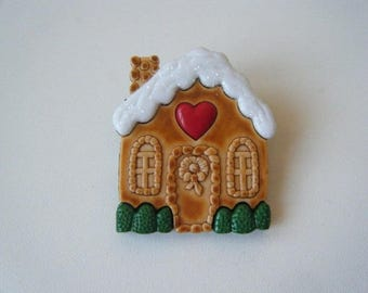 Brooch - Gingerbread house